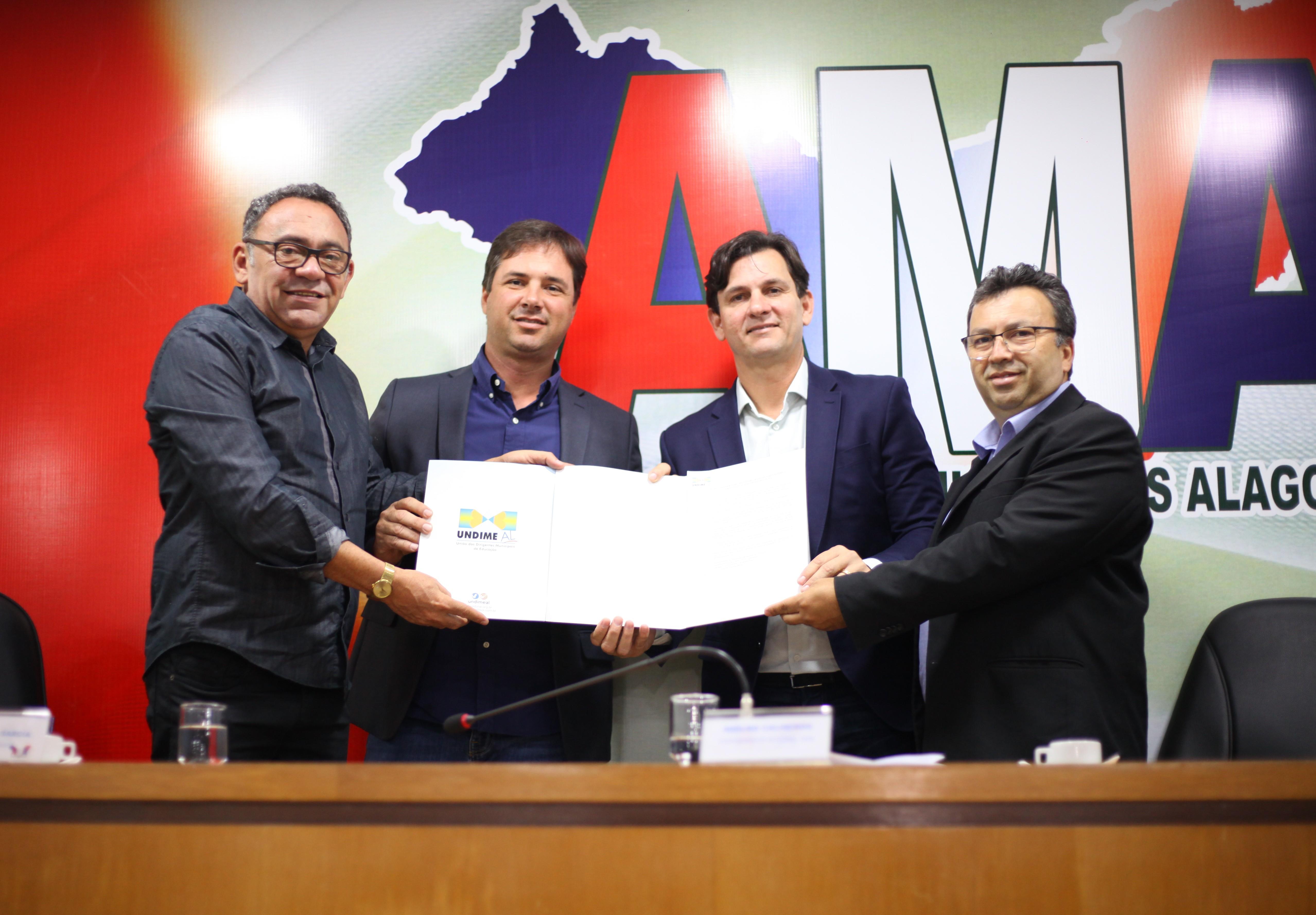 Undime pede apoio aos municípios alagoanos e reafirma defesa ao Novo Fundeb