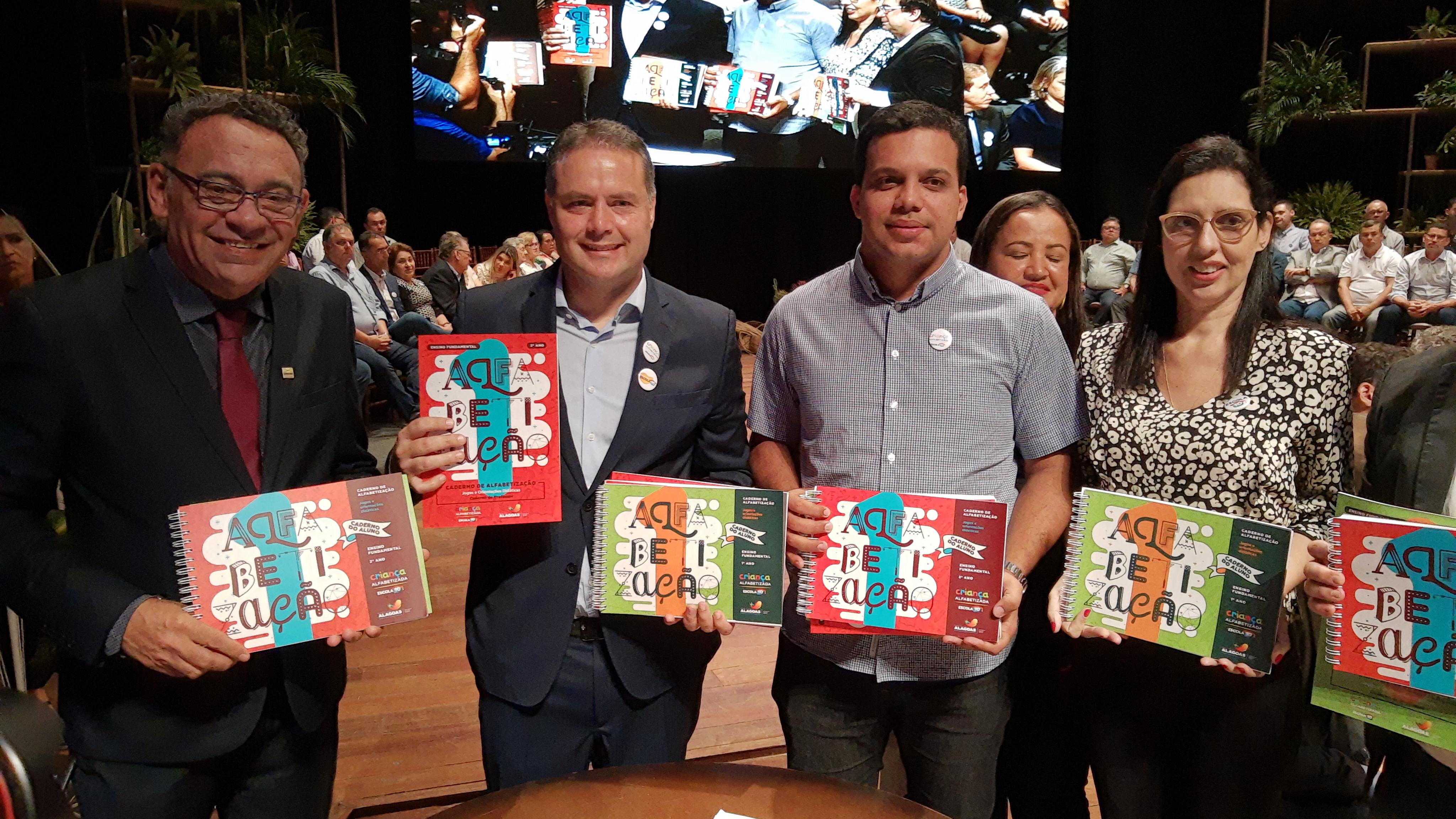 Governo de Alagoas lança dois novos programas da Educação em parceria com a Undime Alagoas e municípios